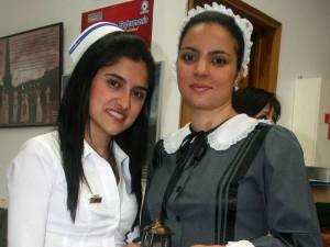 Los trajes están exhibidos en la facultad de Enfermería.