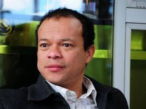 Fernando Denis.