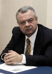 Juan Alfredo Pinto.