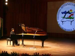 Se da apertura oficial a la versión vigésimo octava del Festival Internacional de Piano.