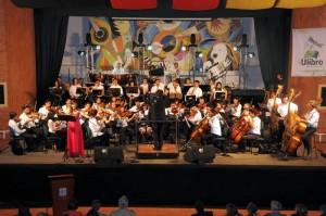 La Orquesta Sinfónica Unab fue encargada de inaugurar Ulibro 2011