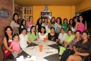En el restaurante Cecilia Nassar se realizó el baby shower de Ángela Castro.