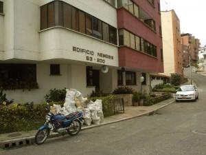 La queja del edificio némesis puede ser emitida al teléfono 6852232.
