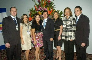 César Reyes, Yesenia Acosta, Karina Archila, Luis Fernando Muñoz, Claudia Suárez, Olga Helena González y Hernán Darío Garnica. (César Flórez).