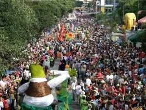 El Carnaval de Oriente, según el lector, fue uno de los eventos donde más se vio a menores consumiendo licor. (Javier Gutiérrez).