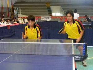 Daniel Santiago ha hecho pareja en varias ocasiones con Camilo Flórez (izquierda), ganando varios torneos locales y nacionales.