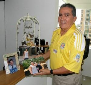 El profesor Carlos Parra es Entrenador de Basquetbol Categoría Nacional egresado del Instituto Nacional de Educación Física de España, Inef.