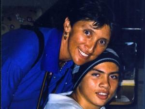 Al lado de su esposa Adriana le han brindado a su hijo toda la formación necesaria para hacerlo uno de los jugadores más destacados del baloncesto en Colombia y USA.
