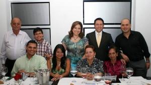 Vicente Moyano, Santiago Moyano, Liliana Moyano, Édgar Becerra, Carlos Moyano, Carlos Santos, Luisa Fernanda Vásquez, Gladis Acosta de Moyano y Teresa Becerra.