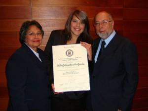María Esperanza Gamboa de Sánchez, Silvia Juliana Sánchez y Antonio María Sánchez Romero.