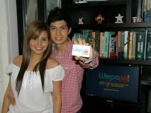 Junto a su novia Tatiana, Jhon espera aumentar el número de seguidores de Wepajé. (Javier Gutiérrez).