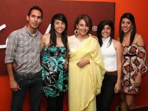 Rafael Ballesteros, Camila  Ballesteros, Sonia del Pilar Bermúdez, Érika Ballesteros y Eliana Ballesteros.