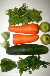 Las verduras deben consumirse crudas y con cáscara porque en ésta se encuentran nutrientes valiosos.