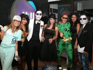 Mary Payares, Daniela Hernández, Nicolás Gómez, Silvia Baca, Sergio Jiménez y Sara Dulcey en la discoteca La Calle.