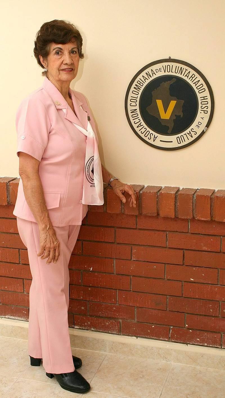 Desde hace 50 años, doña Gladys Bautista Arias hace parte de las Damas Rosadas.