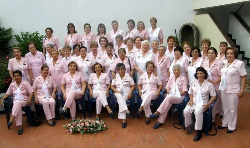 Aunque en la foto no están todas, en la actualidad la asociación cuen-ta con 52 voluntarias.