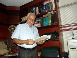 El docente Héctor Rincón lidera el proyecto de la mano de la fundación Alas Nuevas. (Javier Gutiérrez).