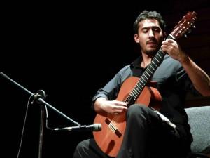 Este jueves 10 de noviembre se realiza un recital y conversatorio de guitarra en la UIS.