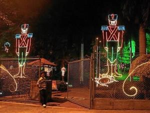 Las luces navideñas serán inauguradas, en su mayoría, esta semana.