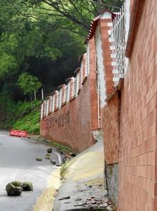 Esta es la vivienda que se demolerá en la vía a Las Colinas.