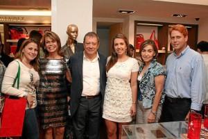 Olga de Hernández, Mario Hernández, Carolina Galvis, Nora Cecilia Bermúdez y Eduardo Sierra.