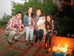 La familia Parra Cepeda compartió en su hogar.