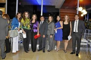 Directivos, ingenieros, arquitectos, miembros y amigos de la empresa asistieron al evento.