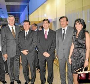 Alejandro Galvis Ramírez, Sergio Marín, Alejandro Galvis Blanco, Rafael Marín y Carolina Cote de Galvis.