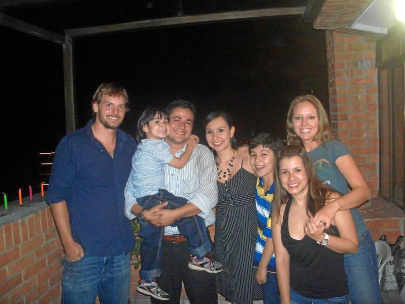 Mike Cane, Andrés Felipe Martínez, Julián Martínez, Silvia Mahecha, Julián Andrés Martínez, Silvia Cane Galvis y Andrea Santos.