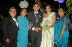 Julio Octavio Pérez, Josefina Estupiñán de Pérez, Julián Octavio Pérez Estupiñán, Silvia Andrea Ardila Amado y María Teresa Amado Amado.
