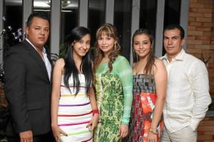 Óscar Chinome, María Fernanda Tapias, Zayda Tapias, Elsa Julieth Ta-pias y Antonio Ferreira.