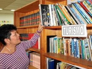 Las 'Cajas viajeras' es un proyecto que busca impulsar la lectura y la investigación en los niños.