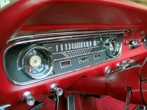 Tablero de un auto clásico.