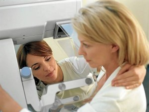 La fundación presentará su primera unidad de mamografía móvil.