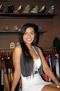 Adriana tiene 24 años y es empresaria del calzado y la ropa en Bucaramanga.