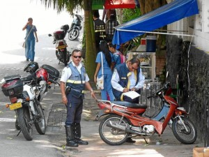 Los comparendos a motociclistas se hicieron por dejarlas en lugares prohibidos para estacionar.