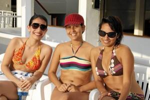 Margarita González, Silvia Moreno y Laura Parra en el Club de Profesionales.