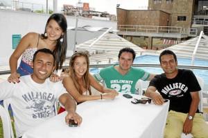 Jorge Castro, Natalia González de Castro, Fabián Córdoba, Juan Diego Peñaloza y Adriana Maldonado de Castro, en el Club Unión.