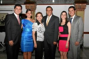 Carlos Gerardo Serrano, Laura Margarita Durán, Elsa García de Durán, Luis Fernando Durán, Laura Mateus Montero y Oscar Fernando Durán García.