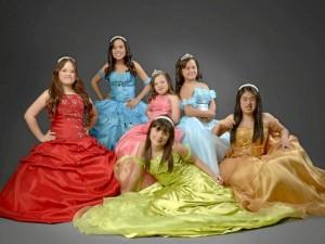 Estas fueron las ganadoras del Reinado Departamental de Niñas Especiales de 2011.