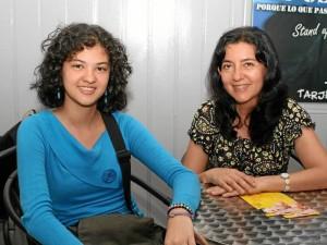 Estefanny Acosta y Aninta Forero.