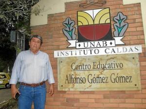 Carlos Humberto González Reyes es egresado de la promoción 1972 del Instituto Caldas y nos contó historias de su juventud en este colegio.