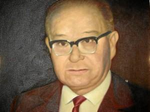 Un oleo del rector de la época, don Carlos Gómez Albarracín.