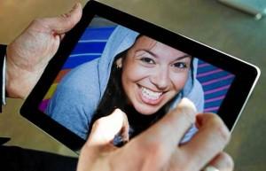De acuerdo con el experto, la tableta Galaxy de Samsung es el gran competidor del Ipad de Apple.