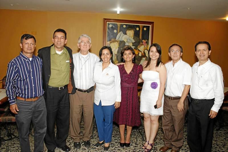 Arcenio Sánchez, José Alfredo Pedraza, Pbro. Hernando Pinilla, Gladis  Guevara, Iris Correa, Nayibe Pedraza, César Augusto Roa y Álvaro González.