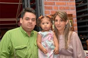 Oscar Javier Grandas Ardila, Isabella Grandas Serrano y Deisy Lorena Serrano Acevedo.