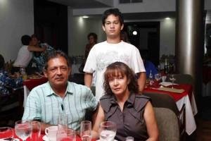 Libardo Holguín, Ligia Rico y Ricardo Holguín
