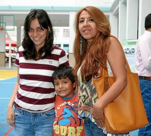 María Juliana Lizcano, Pedro Andrés Martínez y María Consuelo Lizcano.