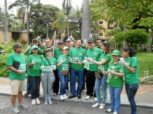 Este fue el equipo que limpió el Parque Las Palmas.