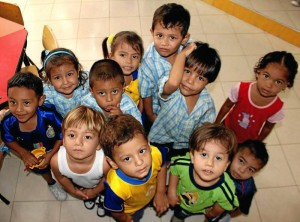 Niños de la Fundación Estructurar.